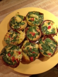 Omelet muffins: tasty, low carb and easy to make. A triple threat.