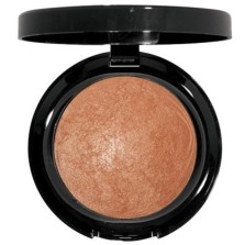 I love this baked bronzer (Figi) from Julie Page Makeup. It's my go to bronzer this winter for a bit of color that I'm not getting from the sun. It really does brighten my face up.